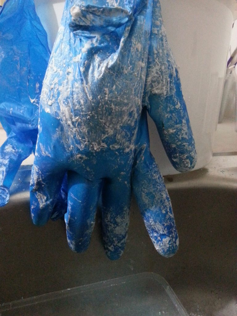 MMT Assignment 3 - Project 2 - Casting the internal space of a vessel - Plaster of Paris - Hand