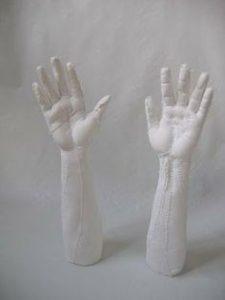 karine-jollet-hands