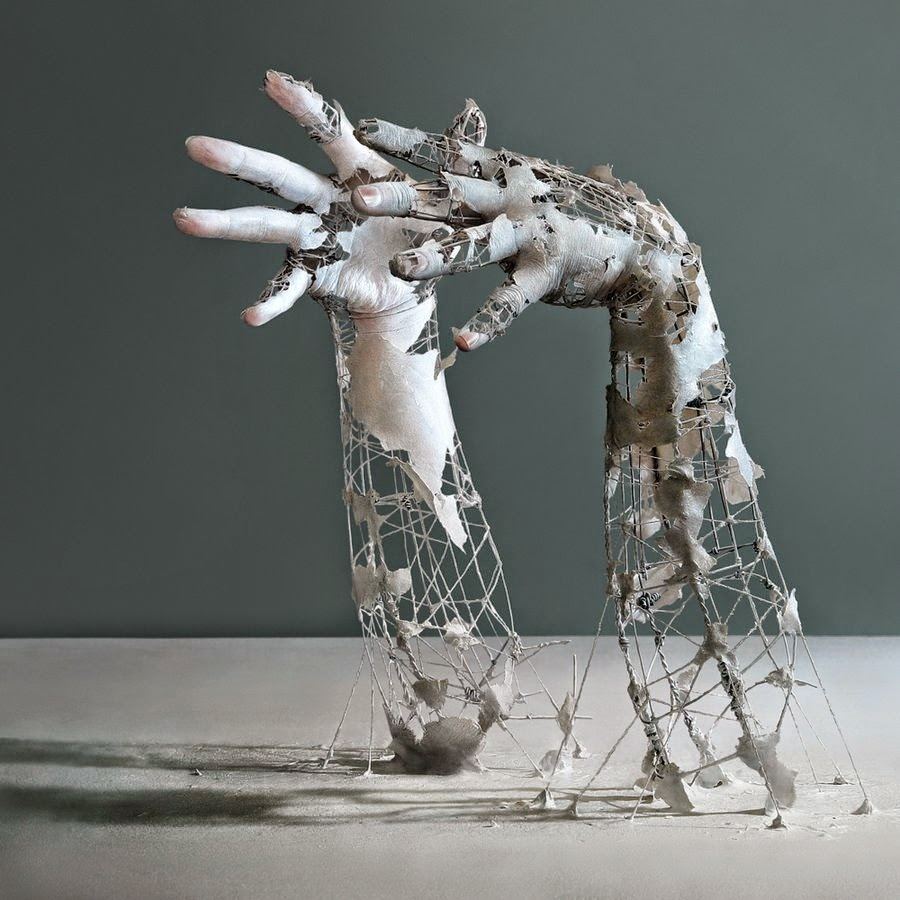 karine-jollet-hands-armature